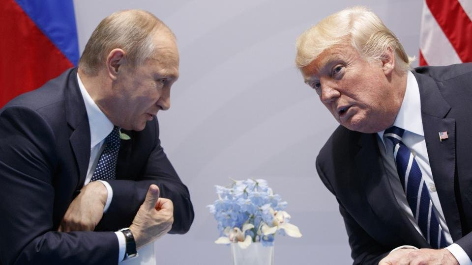 Český spolek přátel Izraele Vladimir-Putin-a-Donald-Trump BLÍZKÝ VÝCHOD: Co summit (ne)přinesl Izraeli Izrael a svět Izraelská politika