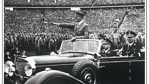 Česká společnost přátel Izraele adolf-hitler-ve-svém-voze-při-projíždce-stadionem Německo vyplácí důchody belgickým kolaborantům a členům jednotek SS Novinky Svět